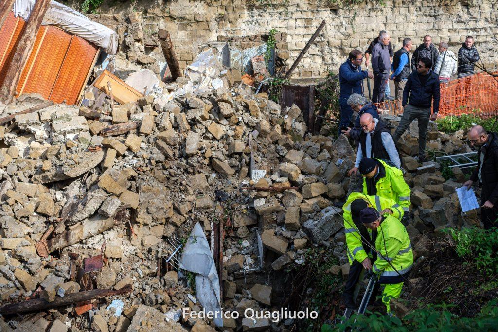 Di chi era la casa antica crollata ai Colli Aminei?